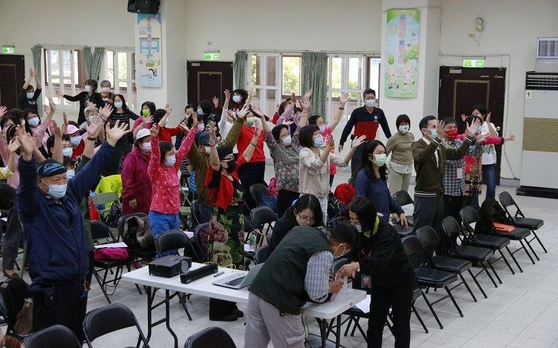 110-1共同科目04/07(三)三代同堂~老少共融樂無(09:00-11:00)圖片8