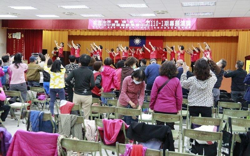 110-1共同科目04/07(三)三代同堂~老少共融樂無(09:00-11:00)圖片9